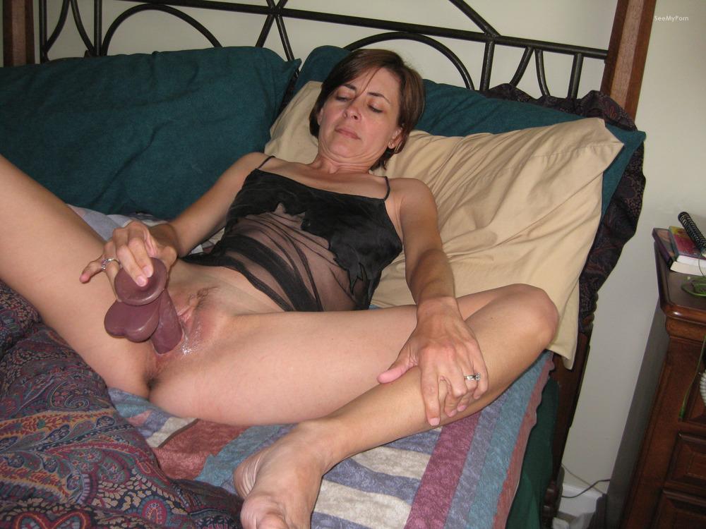 Women amateur masturbating nude