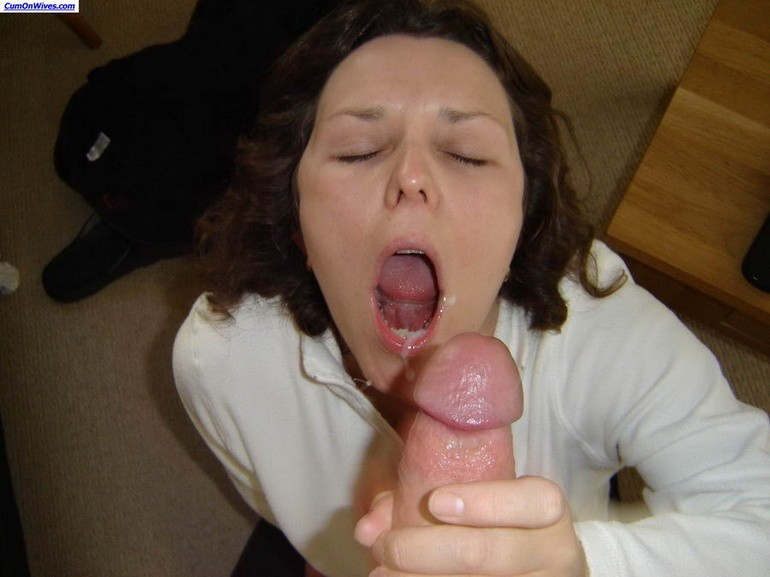 Milf real amateur wives cumshots