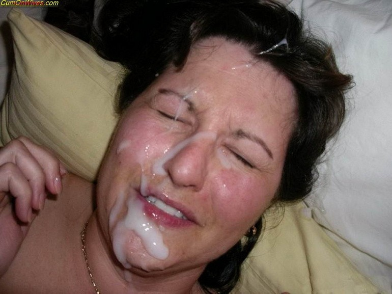ольга брезговала голые старые тетки со спермой на лице фото девчонки
