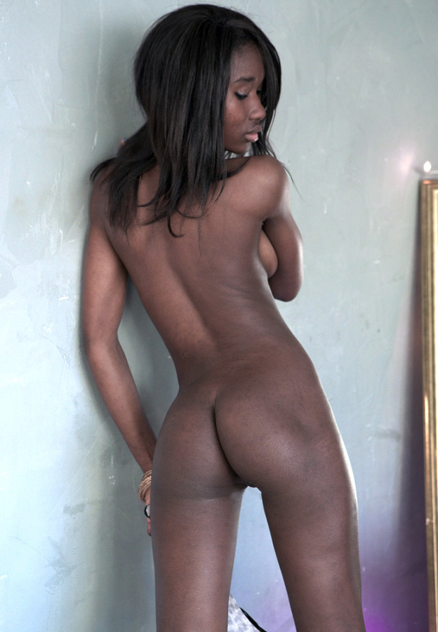 Posing naked black girls