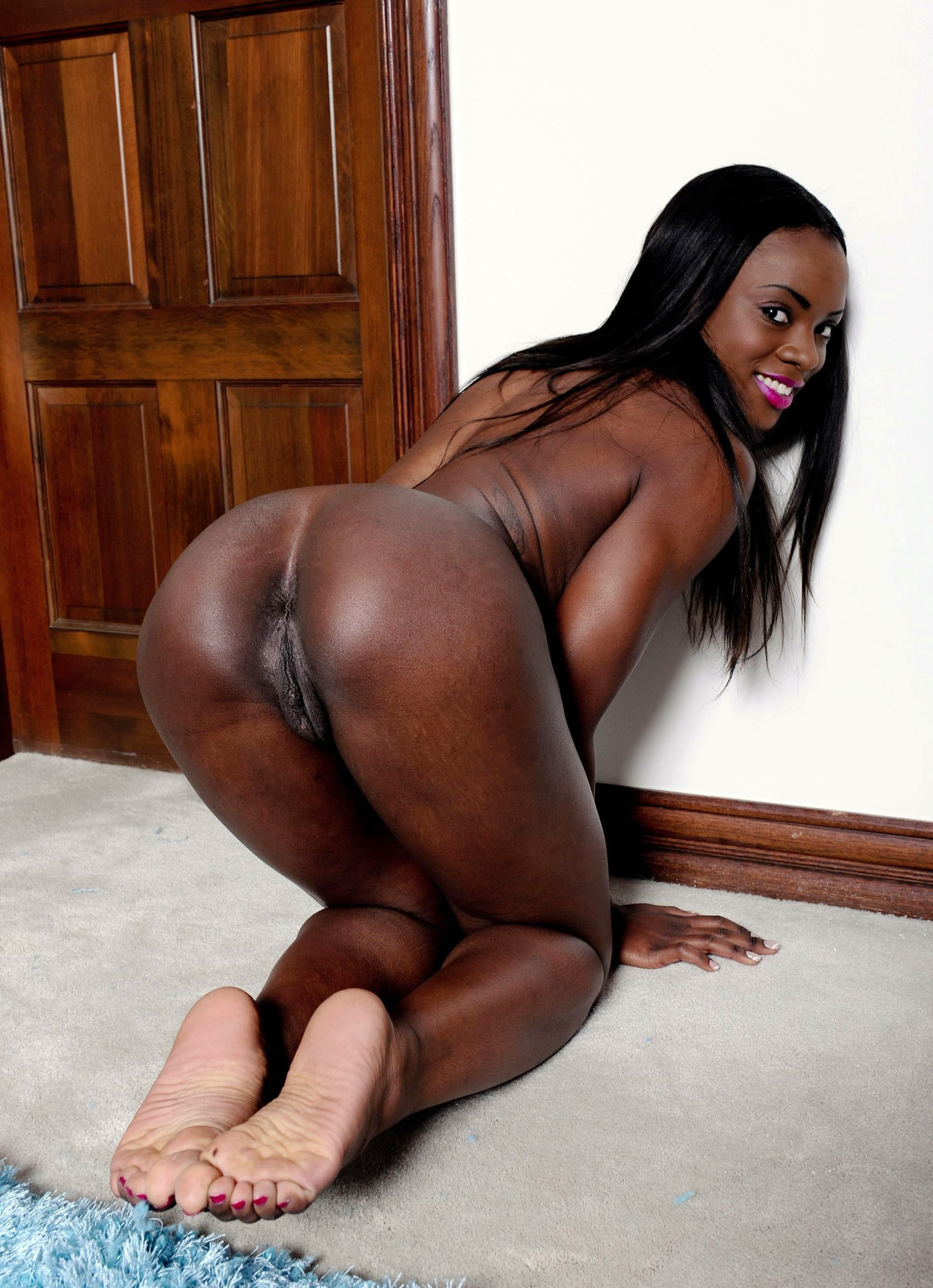 black chicks in porn EbonyClipss.com is filled with ebony babes, black chicks & interracial porn.