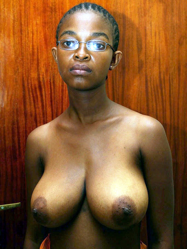 There African nude boobs