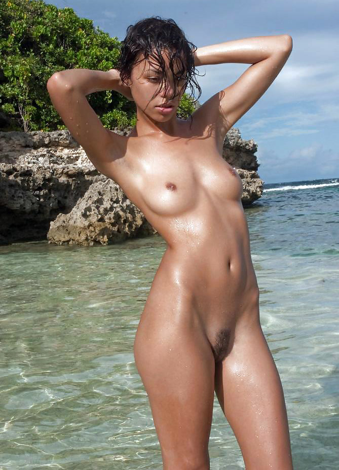 Singapore Fucking Ebony Teens Naked On Beach