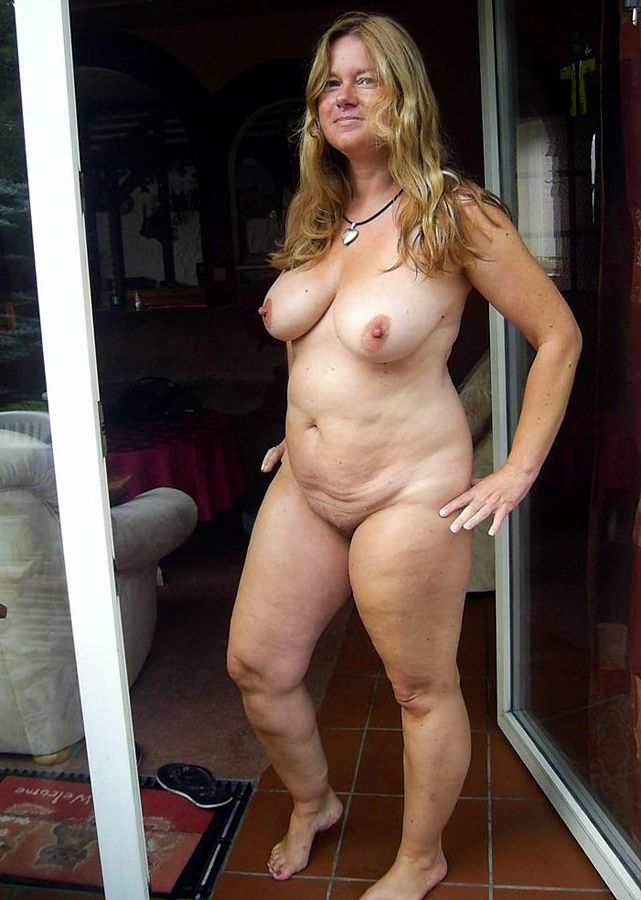 Super hot busty mom hard fucked with a boy 1