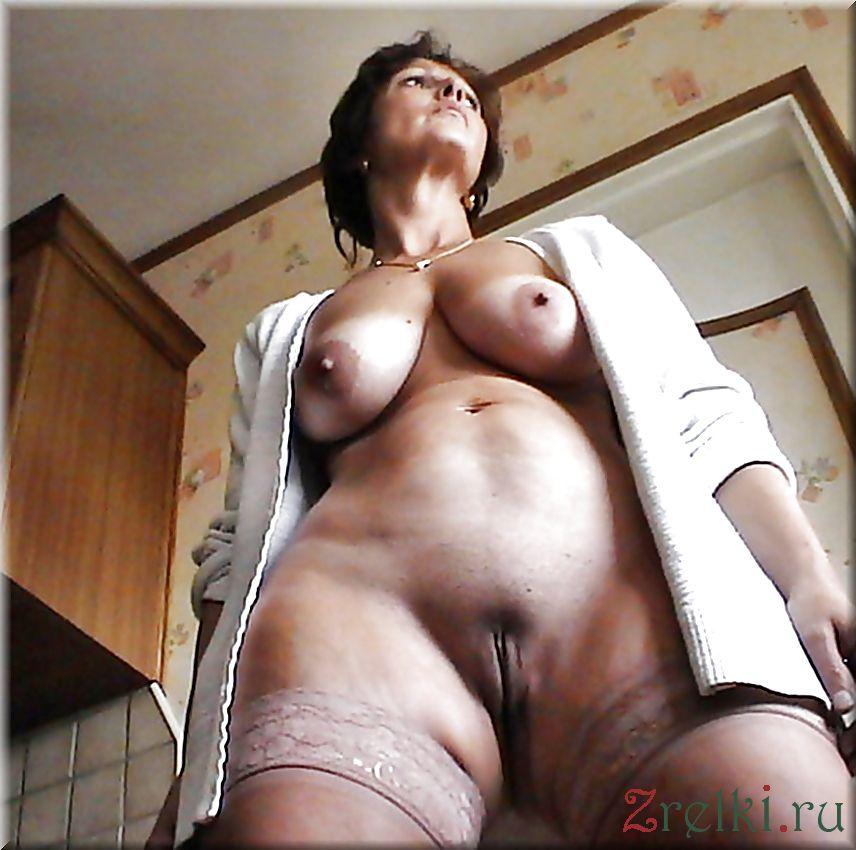 seks-foto-zrelih-i-golih-dam