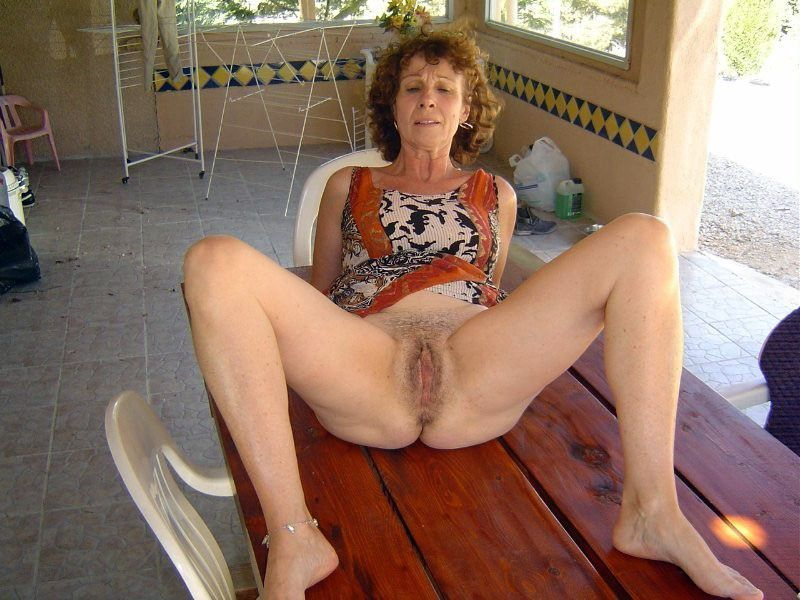 Women nude horny older really