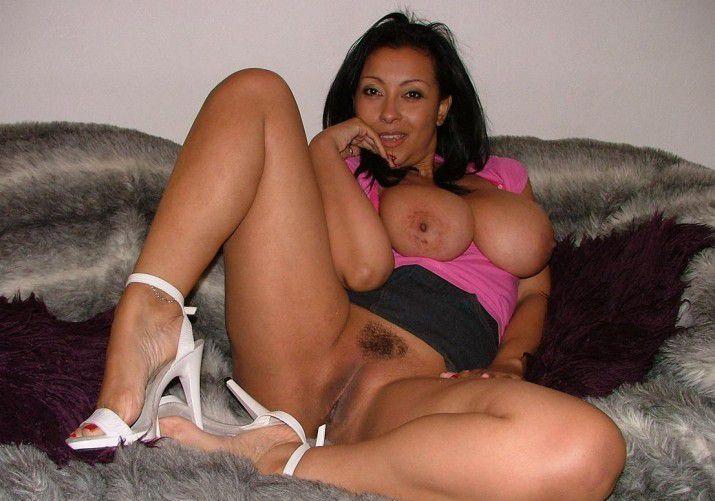 Sexy busty wife com