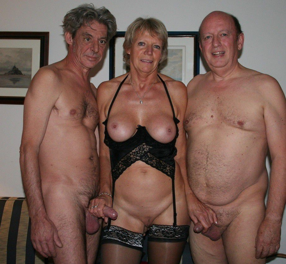фото голые пожилые люди