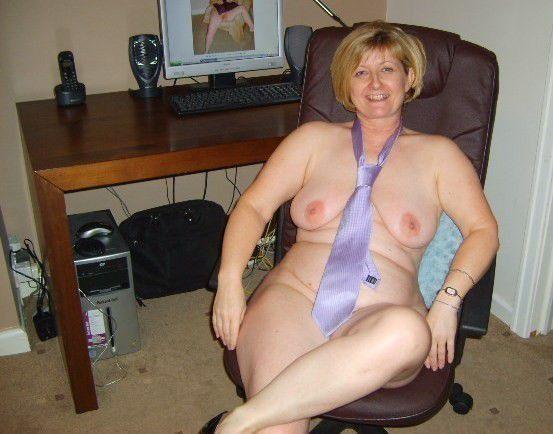 naked busty curvy black women