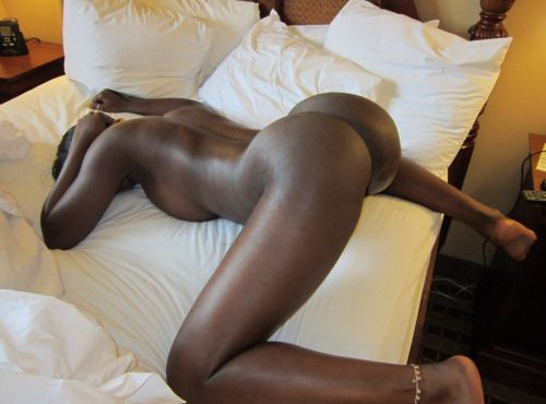 naked beautiful ebony women