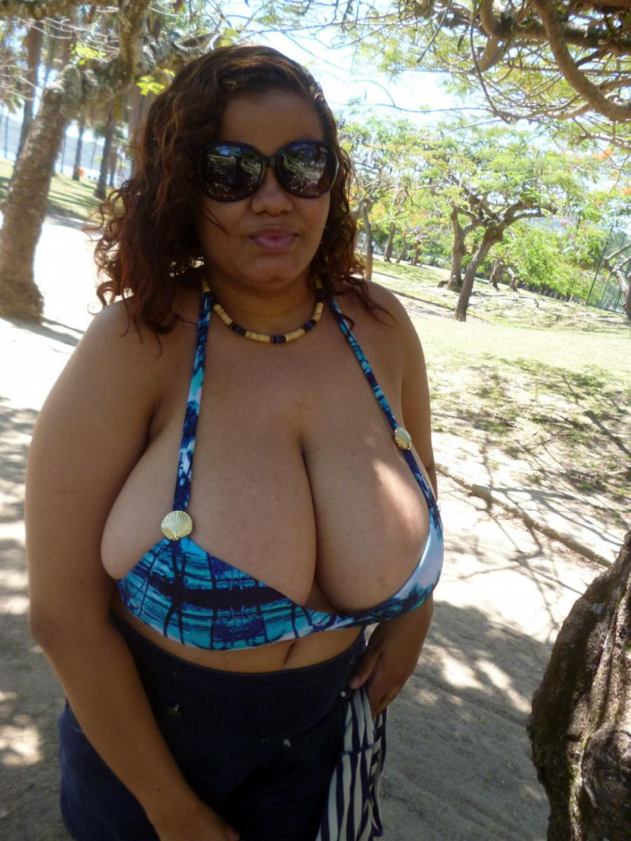 Huge breasts videos bbw