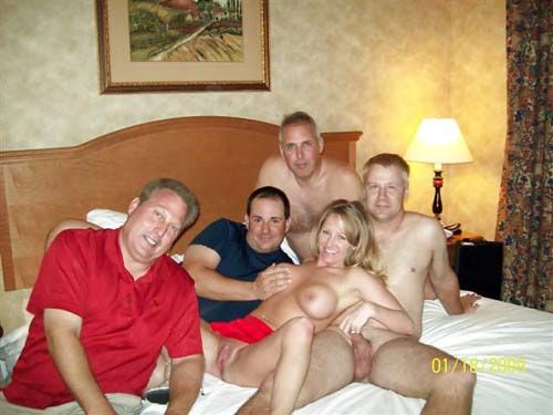 Hot mama in steaming hot spa action 4