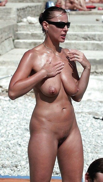 Girlfriends hot summer sun gets slim brunettes so horny 7