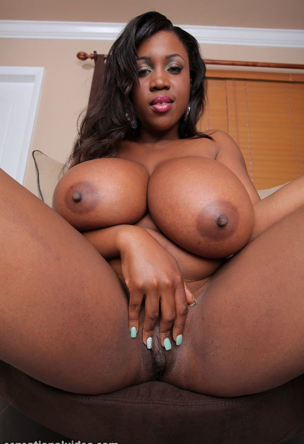from Quentin dark skin big tits