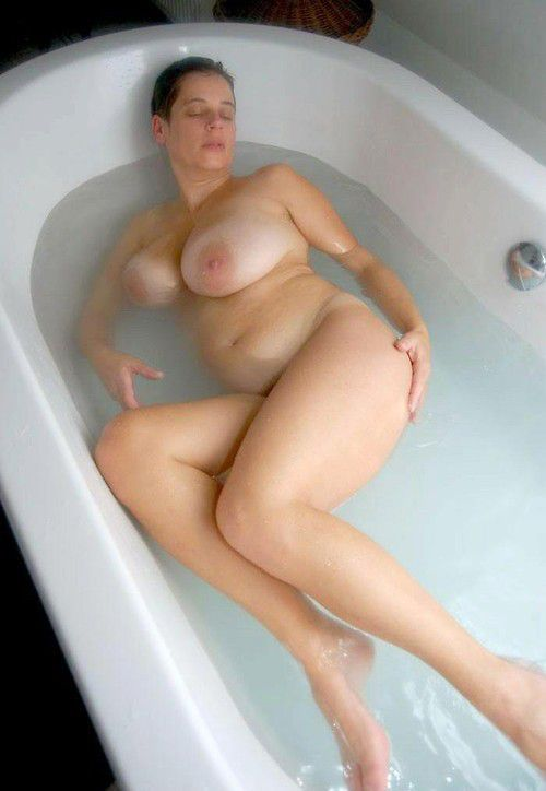 Bbws in the shower