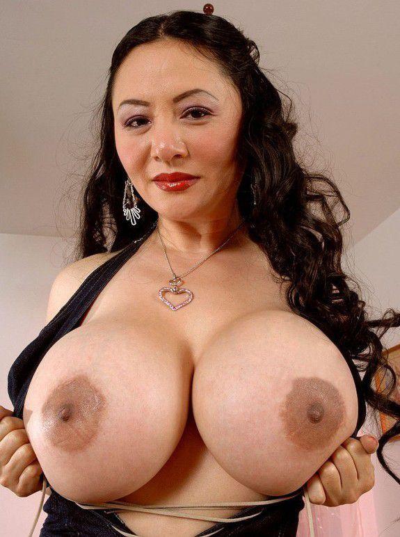 Asian Huge Tits Mom Porn - Asian Porn Photo - Asian erotic - FOTOGRAFIA EROTICA COLOR.. SUPER.