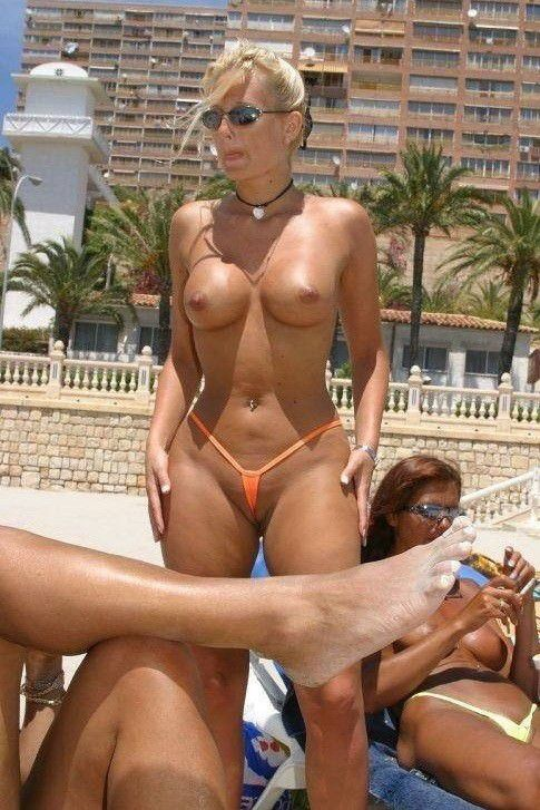 mature-moms-beach-topless-indian-girls-lick