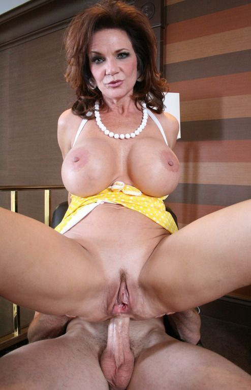 Girl hot big tit moms