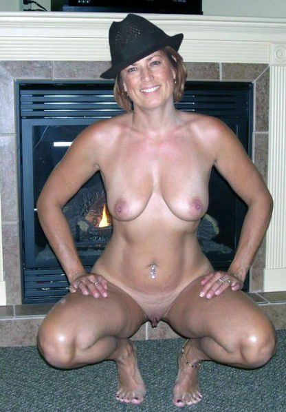 Are Mature amateur mom nude selfies think, that