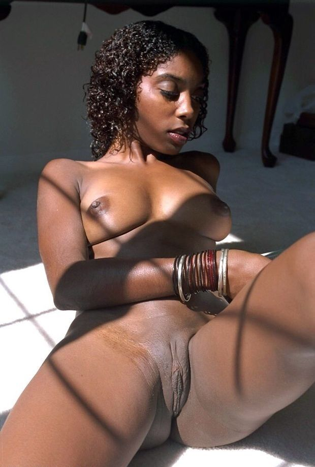 Sexy ebony nude homemade