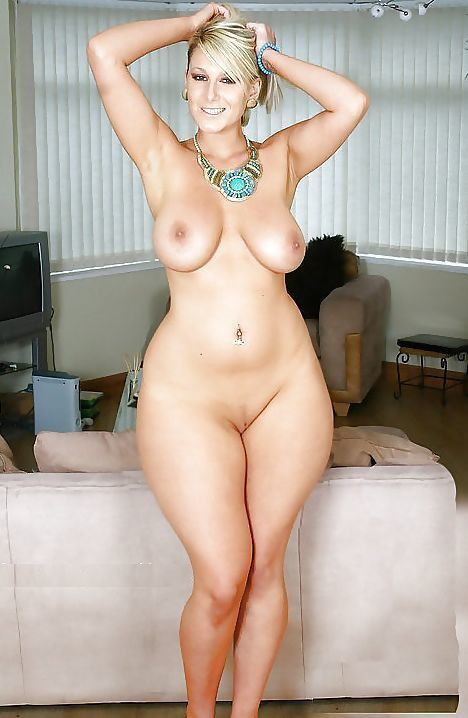 amazing thick naked women