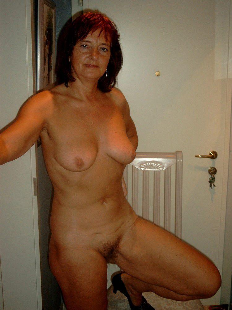 beyonce pole dancing nude