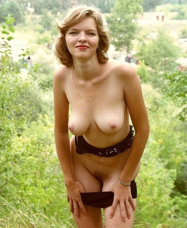 Tribbing nude raw girlfriend