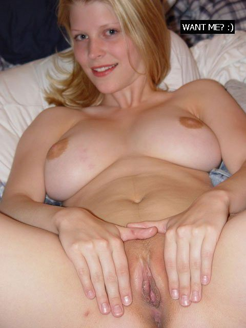 Beautiful mature woman showing