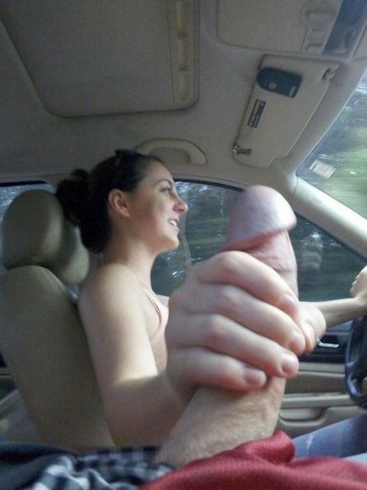 порно сосет на ходу