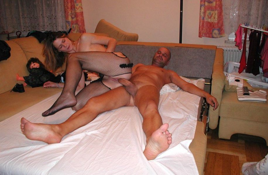 Mature stockings getting pussy pounded in threesome