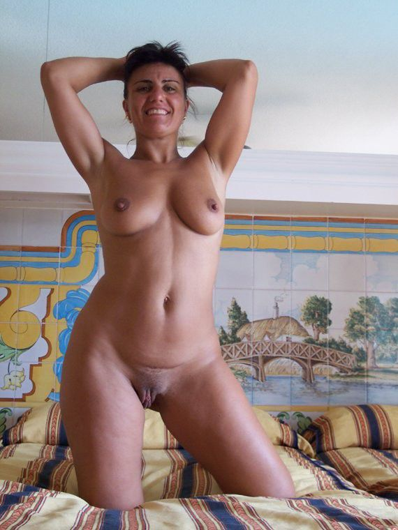 Nude older girlfriend pics