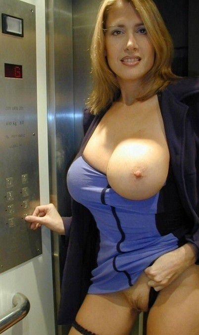 Amatuer milfs with big tits nude — photo 13