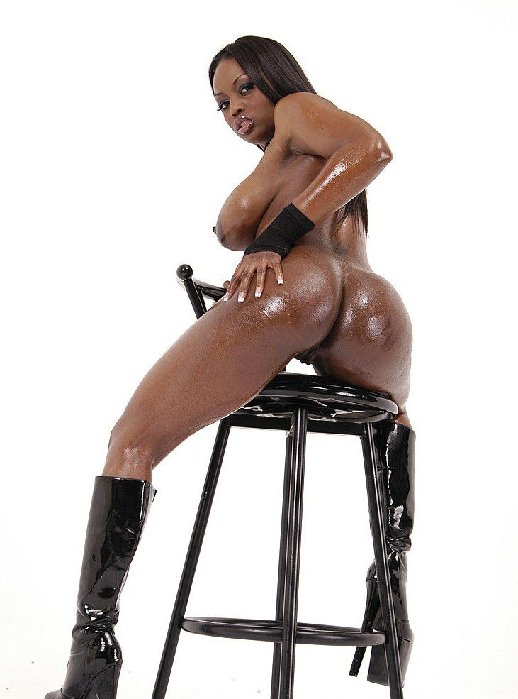 Ebony oiled ass pics