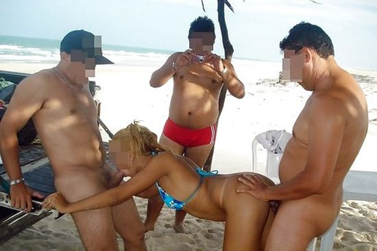 image Naomi1 blowjob and cum on a public beach