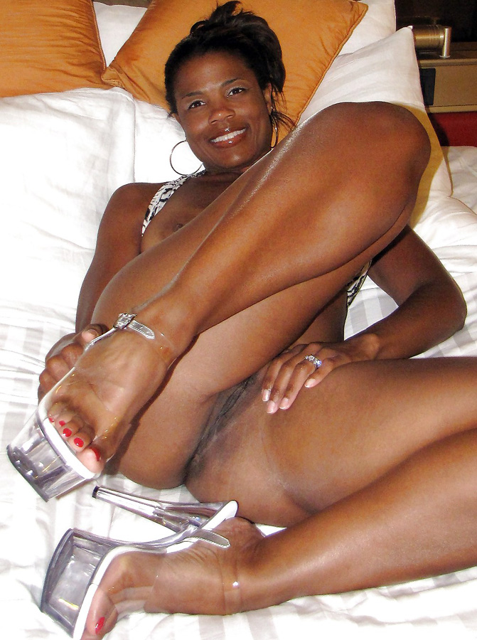 Chocolate Thick Ebony Milf