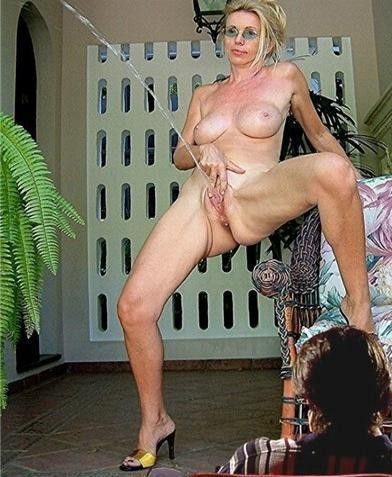 Mature Pussy Young Cock