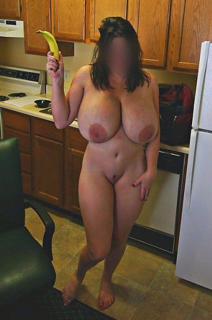 Big Natural Tits Mom Anal
