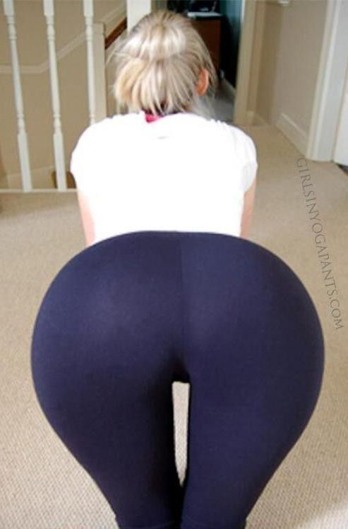Blonde Yoga Pants Masturbation
