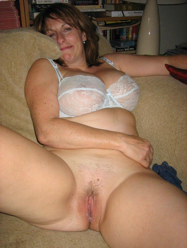 Fucking Hot Young Step Mom